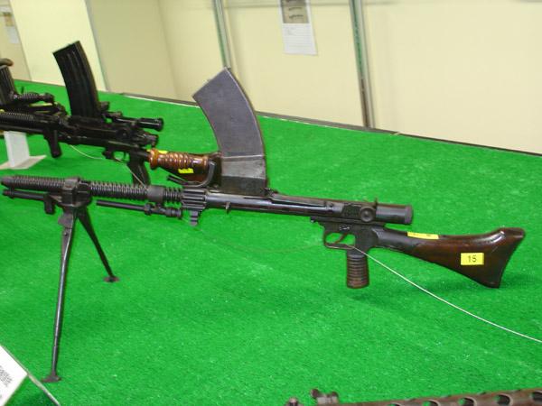 99式軽機関銃